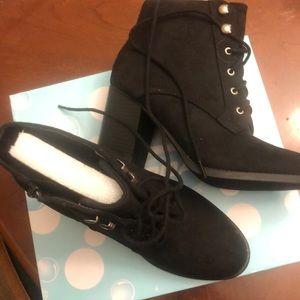 BNIB- Black ankle Boots